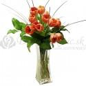 Kytica z oranžových tulipánov